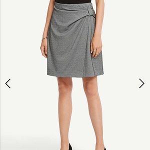 NWT- Ann Taylor Houndstooth skirt